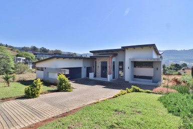 13 Bush Shrike Close (1)