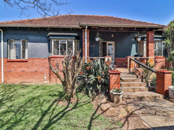 12 Gower Rd Low Res 1